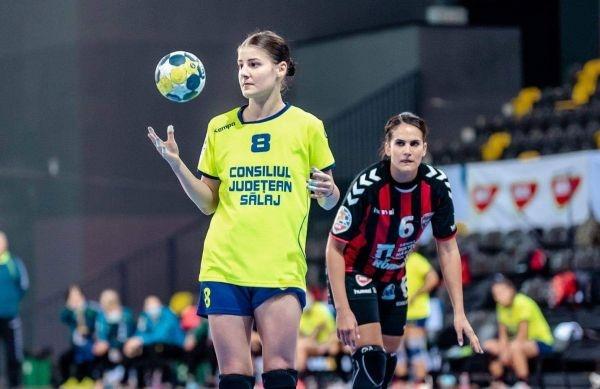 Alexandra Dindiligan în lotul pentru EURO