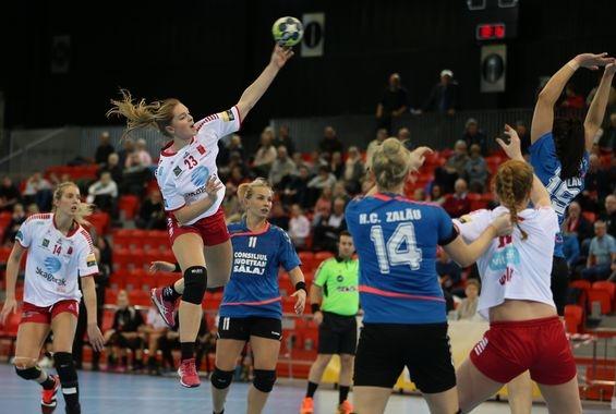 Larvik - HC Zalau 28-23 (15-7)